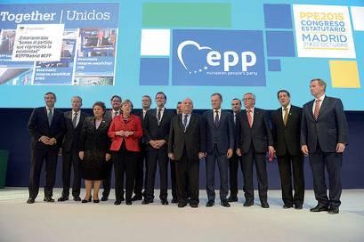 TRAGUARDI SOCIALI / n.74 Ottobre / Novembre 2015 :: Crescita e occupazione: il PPE guarda al 2030