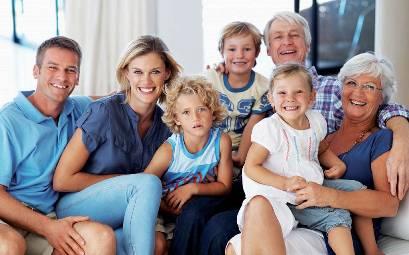 TRAGUARDI SOCIALI / n.74 Ottobre / Novembre 2015 :: No alla deriva della famiglia